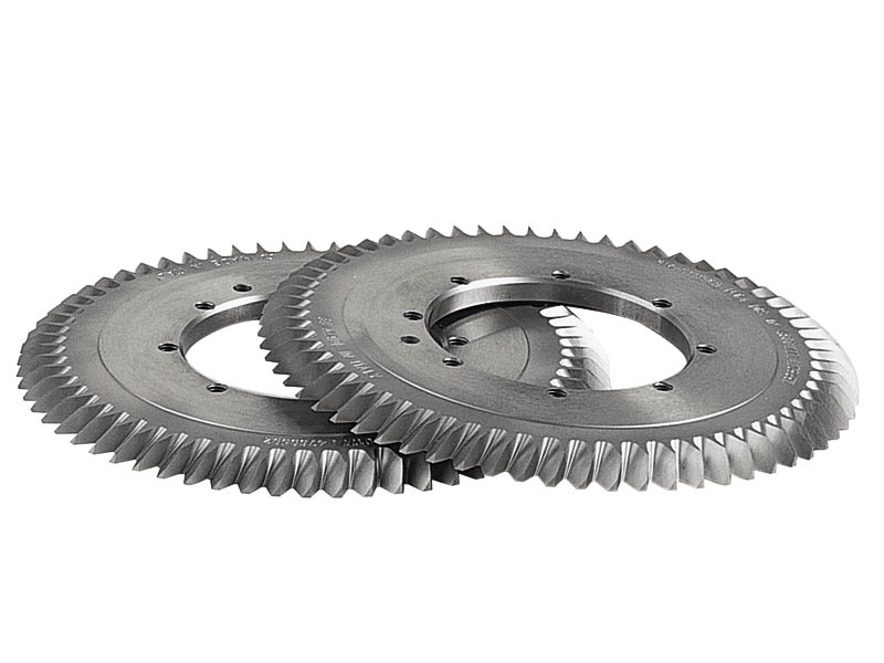 Gear chamfering and deburring process| SAMP Blog